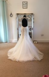 Ronald Joyce   Wedding Dress   Fit to Flare   LE108M