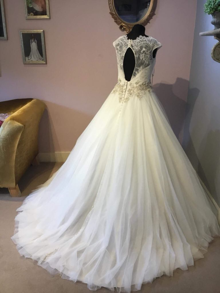 Allure Wedding Dress Princess W302l Bridal Reloved