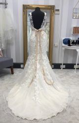 Stella York | Wedding Dress | Fit to Flare | WF82