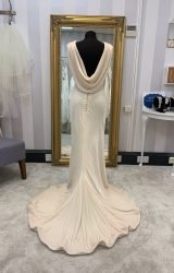 Anita Massarella | Wedding Dress | Empire | WF85