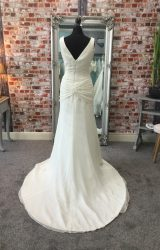 Madeline Isaac James | Wedding Dress | Fit to Flare | CA43