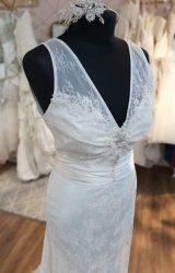 Terry Fox | Wedding Dress | Empire | N155