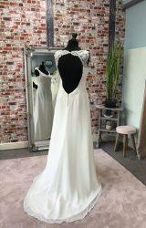 Linzi Jay | Wedding Dress | Empire | CA11G