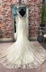 Justin Alexander | Wedding Dress | Fit to Flare | CA15G