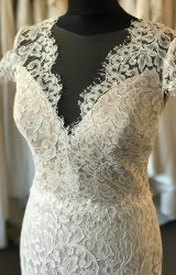 Suzanne Neville | Wedding Dress | Fishtail | B183