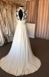 Sassi Holford | Wedding Dress | Empire | B194M