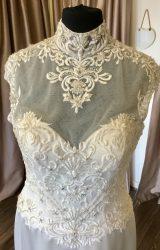 Ronald Joyce | Wedding Dress | Fit to Flare | C132JL
