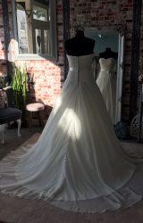 Amanda Wyatt   Wedding Dress   Aline   CA65G