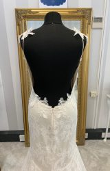 Claire Pettibone | Wedding Dress | Fit to Flare | WF110H