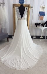 Pronovias | Wedding Dress | Fit to Flare | WF114H