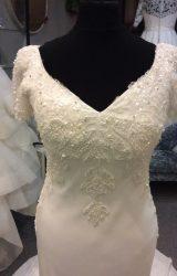 Anoushka | Wedding Dress | Straight | H207M