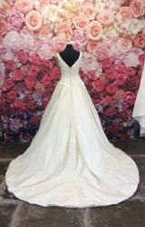 Madeline Isaac James | Wedding Dress | Aline | ST205
