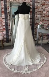 Eternally Yours | Wedding Dress | Empire | CA73G