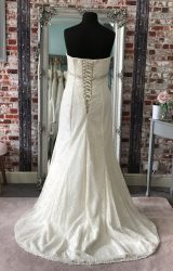 Eternally Yours | Wedding Dress | Fit to Flare | CA74G