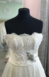 Sassi Holford | Wedding Dress | Aline | D895K