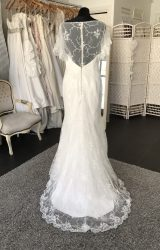 Benjamin Roberts | Wedding Dress | Fit to Flare | M31S