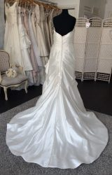 Jasmine Couture | Wedding Dress | Fit to Flare | M35SW