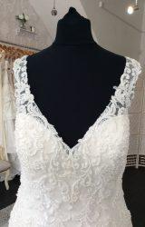 Cosmobella | Wedding Dress | Fit to Flare | M39SW