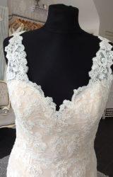 Jasmine | Wedding Dress | Fit to Flare | M55SW
