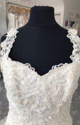 Alfred Sung   Wedding Dress   Empire   M54S