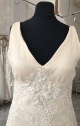 Terry Fox | Wedding Dress | Aline | M63