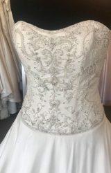 Madeline Isaac James | Wedding Dress | Aline | B175