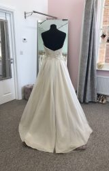 Sassi Holford   Wedding Dress   Aline   D902K