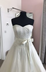 Sassi Holford | Wedding Dress | Aline | D906K