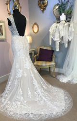 English Rose | Wedding Dress | Fit to Flare | W471L