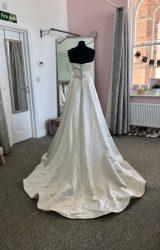 Madeline Isaac James | Wedding Dress | D678