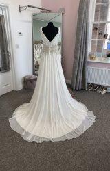 Ian Stuart   Wedding Dress   Aline   D921