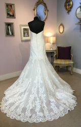 Essense of Australia | Wedding Dress | Fishtail | W513L