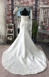 Benjamin Roberts | Wedding Dress | Fit to Flare | CA93G