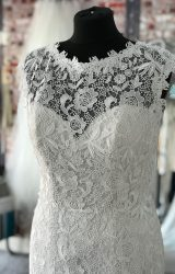 Eternity | Wedding Dress | Fit to Flare | CA94G