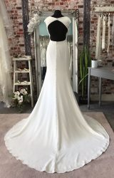 White Rose | Wedding Dress | Fit to Flare | CA97G