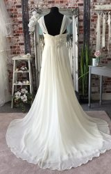 Romantica | Wedding Dress | Empire | CA98G