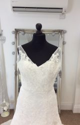 Forever Yours   Wedding Dress   Aline   LE199M