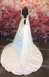 Essense of Australia | Wedding Dress | Aline | ST275S