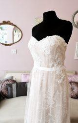 Bella Donna | Wedding Dress | Column | W556L