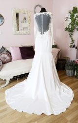 Demetrios | Wedding Dress | Fit to Flare | W568L