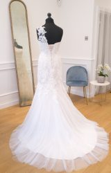 Enzoani | Wedding Dress | Fit to Flare | WH42C