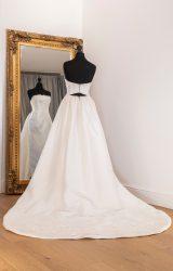 Vera Wang | Wedding Dress | Column | WH2C