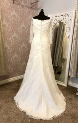 Agnes Bridal | Wedding Dress | Fit to Flare | Y88