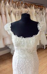 Pronovias | Wedding Dress | Empire | L394C