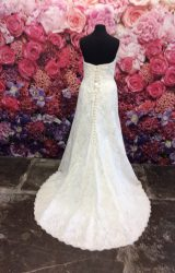 Sassi Holford | Wedding Dress | Fit to Flare | ST305S