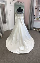 Hilary Morgan | Wedding Dress | Aline | D967K