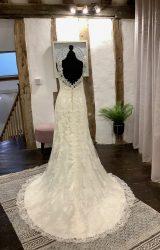 Maggie Sottero | Wedding Dress | Fit to Flare | LA48L