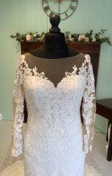 Pronovias | Wedding Dress | Fit to Flare | SH70S