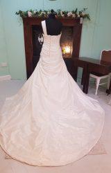 Pronovias | Wedding Dress | Aline | SH76S