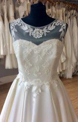 Lou Lou | Wedding Dress | Aline | L393C